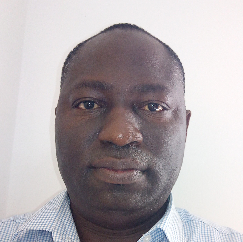 4c7ab96fb52d Peter Mokwe  Head ...